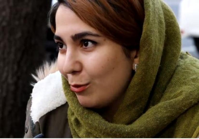 وقتی دختران در خیابانهای تهران ساز میزنند